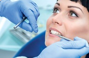 Retain Your Broken Tooth Under The Supervision Of Expert Dentists
